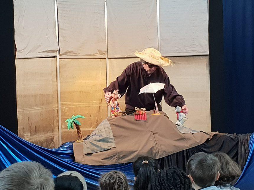 Der Eier-Krimi// Förderverein läd ins Theater ein